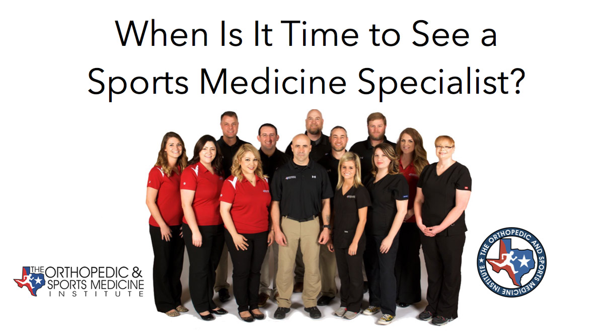 how to become a sports medicine specialist